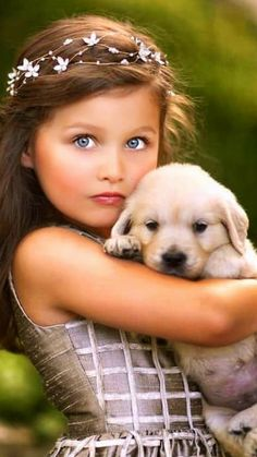 Animals For Kids, Animals And Pets, Baby Animals, Cute Animals, Beautiful Little Girls, Beautiful Children, Pretty Blue Eyes, Cute Dog Photos, Cute Baby Dogs