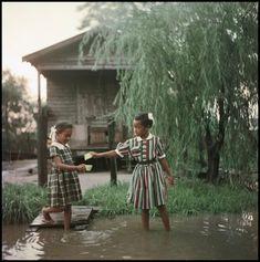 Untitled, Alabama, 1956      Gordon Parks: Segregation Story - Exhibitions - The Gordon Parks Foundation