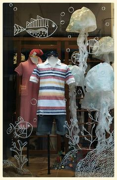 Caramels shop window Summer 2015 - Mireia Cid