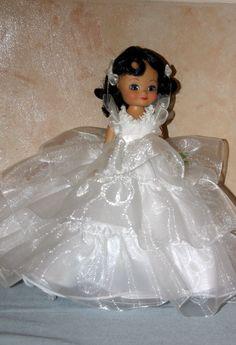 2005 - Magnolia Cotillion | Tonner Doll Company