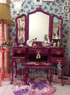 Ateliando - Customização de móveis antigos: Penteadeira 3 espelhos Marcella RJ