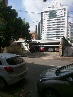 13# Casa de Vinhos Escala: Local Vehicles, Wine Pairings, Places, Houses, Car, Vehicle