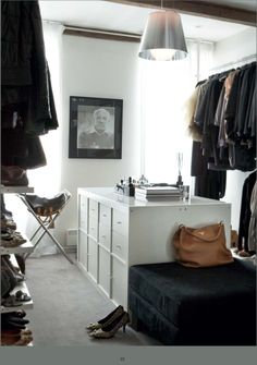 Master closet island ikea hack Ikea Expedit with door and drawer insets for central storage island Inspiration Ikea, Interior Inspiration, Kallax, Ikea Expedit Shelf, Dressing Room Closet, Dressing Rooms, Closet Island, Ikea Regal, Walking Closet