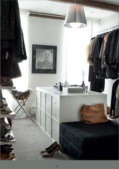 www.huismeis.nl #walkincloset #closet #clothes #design #diy #wishlist #wish #loveit #interior #interiordesign #home