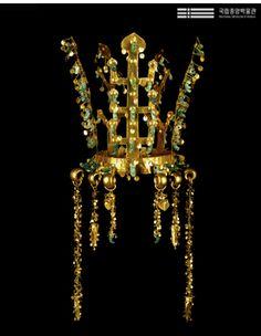 Shilla Period crown.