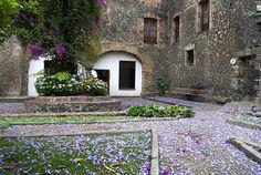 San Angel- Patio by Germán Romero Pérez, via Flickr