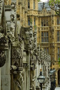 One of my favorite spots in London. Houses of Parliament, London, England Sprachreise England, England And Scotland, England Houses, Beautiful Buildings, Beautiful Places, Beautiful London, Amazing Places, The Places Youll Go, Places To See
