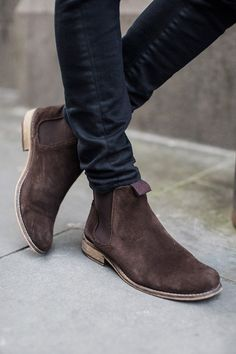 Suede Chelsea Boots & Skinny Pants