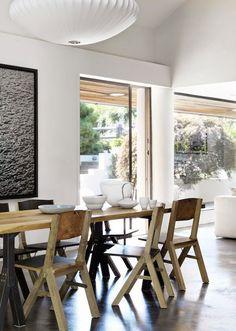 A Potato Barn Turned Into a Stunning Summer Residence - NordicDesign #deco #decoración #comedor #diningroom