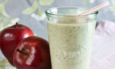 [Love smoothies!] Light Apple Pie Smoothie from @Casey Buss Magazine