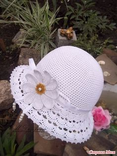 Exceptional Stitches Make a Crochet Hat Ideas. Extraordinary Stitches Make a Crochet Hat Ideas. Crochet Summer Hats, Crochet Kids Hats, Crochet Clothes, Knitted Hats, Diy Crafts Crochet, Crochet Projects, Sombrero A Crochet, Baby Hut, Crochet For Beginners