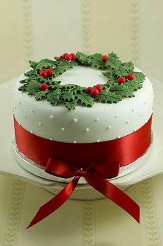 15 Awesome Christmas Cake Designs Cake Design And Decorating Ideas Christmas Cake Designs, Christmas Cake Decorations, Christmas Sweets, Christmas Cooking, Holiday Cakes, Noel Christmas, Christmas Goodies, Holiday Treats, Christmas Cakes