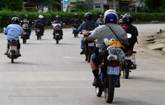 Offroad Vietnam Motorbike Adventures - Practical Road Rules For Motorbiking In Vietnam: Vietnam motorbike & motorcycle tours. Getting through city traffic safely. Practical Road Rules.