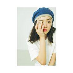 永野芽郁さんはInstagramを利用しています:「・ #最後の一枚だけ変えてみた笑 #Seventeenの連載ページ #私物で撮影しました見てね☺︎」