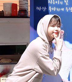 Image about iu in lee jieun by  on We Heart It Korean Model, Korean Singer, Seulgi, Nayeon, Snsd, Iu Gif, Sung Kyung, Moon Lovers, Iu Fashion