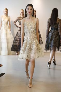 Oscar de la Renta Resort 2015 - Slideshow - Runway, Fashion Week, Fashion Shows, Reviews and Fashion Images - WWD.com