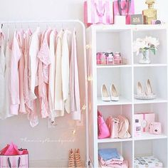† book_dragon_queen † ... what my wardrobe is going to look like in 0.2 seconds