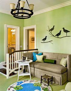 Petit salon, espace de loisirs destiné à tous les membres de la famille propriétaire