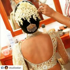 great vancouver wedding Wow! That top, that hair and that jewellery!!! ❤️❤️#Repost @studioelan with @repostapp. ・・・ Loving all the details of this brides hair and outfit Repost @dulhan_diarys If you would like your hair styled like this bride email studio-elan@live.ca or call 604.897.1635 ____________________ #studioelan #hudabeauty #vegas_nay #sabyasachi #bridalhair #indianwedding #sikhwedding #wakeupandmakeup #indianbride...