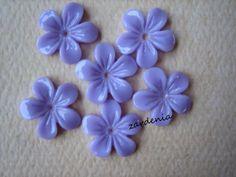 6PCS  Mini Violet Flower Cabochons  11mm  Resin  Lilac by ZARDENIA, $1.80