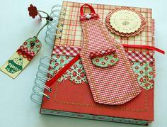 Recetario My Cookbook, Cookbook Recipes, Cookbook Ideas, Mini Scrapbook Albums, Scrapbook Paper Crafts, Scrapbook Pages, Mini Albums, Old Book Crafts, Decorate Notebook