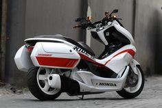 2016 Honda PCX150 Scooter Ride Review | Specs / MPG / Price + More! | Honda-Pro…