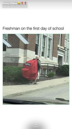 First time bug out bag lol Funny Jokes, Hilarious, Very Funny, School Memes, Fresh Memes, Funny Pins, Just For Laughs, Laugh Out Loud, Dumb And Dumber