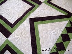Green Fairy Quilts: Finally!!!!