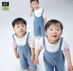 Twin Babies, Twins, Song Il Gook, Triplet Babies, Superman Kids, Man Se, Song Triplets, Ulzzang Kids, Anti Stress