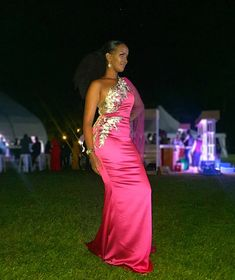 African Bridesmaid Dresses, Pink Gowns, African Wear, Party Outfits, Satin, Couture, Formal Dresses, Stylish, How To Wear