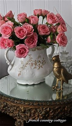 Put a bird on it. I admit it, I love a dumb bird on anything. FRENCH COUNTRY COTTAGE: Maison Chic Magazine