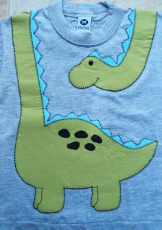 New Baby Clothes Dinosaur Kids Ideas Sewing Appliques, Applique Patterns, Applique Designs, Baby Patterns, Embroidery Applique, Sewing Patterns, Quilt Baby, Sewing For Kids, Baby Sewing