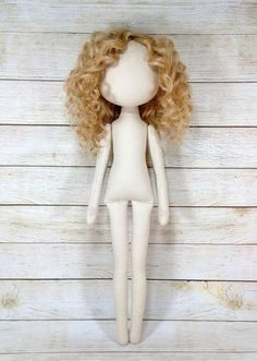 Blank doll body with hairstyle 16 Fabric Doll Pattern, Doll Sewing Patterns, Sewing Dolls, Doll Clothes Patterns, Fabric Dolls, Diy Rag Dolls, Diy Doll, Doll Tutorial, Waldorf Dolls