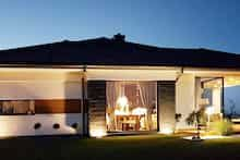 Dom w bodziszkach Bungalow House Design, Modern House Design, Design Case, Outdoor Decor, Home Decor, Templates, Country Houses, Home Plans, Kitchens