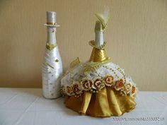 Hacer champán en las bodas de oro                                                                                                                                                                                 Más