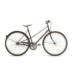 Gazelle Van Stael - In stijl door de stad fietsen - Gazelle. Gazelle Van Stael, Looks Vintage, Vintage Men, Dutch Bike, Bike Builder, Retro Bike, Urban Bike, Urban Cycling, Women's Cycling