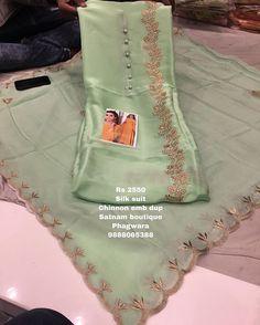 Salwar Suit Neck Designs, Neck Designs For Suits, Churidar Designs, Kurta Designs Women, Designs For Dresses, Lehenga Designs, Embroidery Suits Punjabi, Hand Embroidery Dress, Embroidery Suits Design