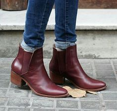 Deep chocolate brown boots, even with a reddish or aubergine tinge, work well with dark denim for colder months.