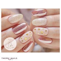 Love them yet? #golden #sparkling #elegance #nails