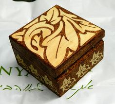 Beautiful pyrography Art Nouveau wooden box by YANKAcreations, $35.00