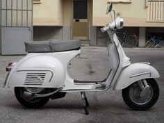 vespa gs 160 Vespa Retro, Vintage Vespa, Vintage Italy, Vespa Lambretta, Vespa Scooters, Scooter Girl, 60s Mod, Motorcycles, Wheels