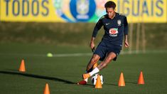 Neymar back in Brazil training ahead of World Cup