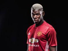 Pogba Manchester United 2016 - 17