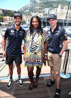 Welcome To Jordan's blog: Serena William Looks Stunning In Patterned Dress A...