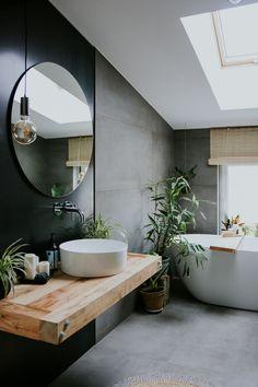 Bad Inspiration, Bathroom Inspiration, Bathroom Ideas, Bathroom Organization, Bathroom Trends, Bathroom Inspo, Master Bathroom, Gold Bathroom, Concrete Bathroom