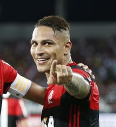 """Noriega elogia """"liga"""" entre Guerrero e Diego no Fla: """"Eles se procuram"""""""