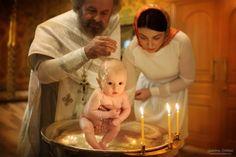 Фотограф на крещение, крещение, крестины, крещение ребенка, фотограф на крещение москва, москва, фотограф москва, фотограф на крестины москва, храм, церковь, свет, вера, религия, church, light, candles, religion, christening, baby, child, дети, малышка, kids