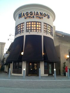 Maggiano S Little Italy Cleveland