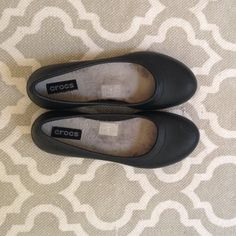 39b8844ea833 Black flats Crocs like new only wore around house a few times crocs Shoes  Flats   Loafers