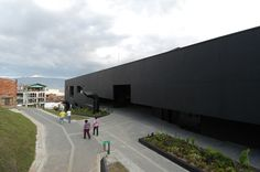 Gallery of Fernando Botero Park Library / G Ateliers Architecture - 27